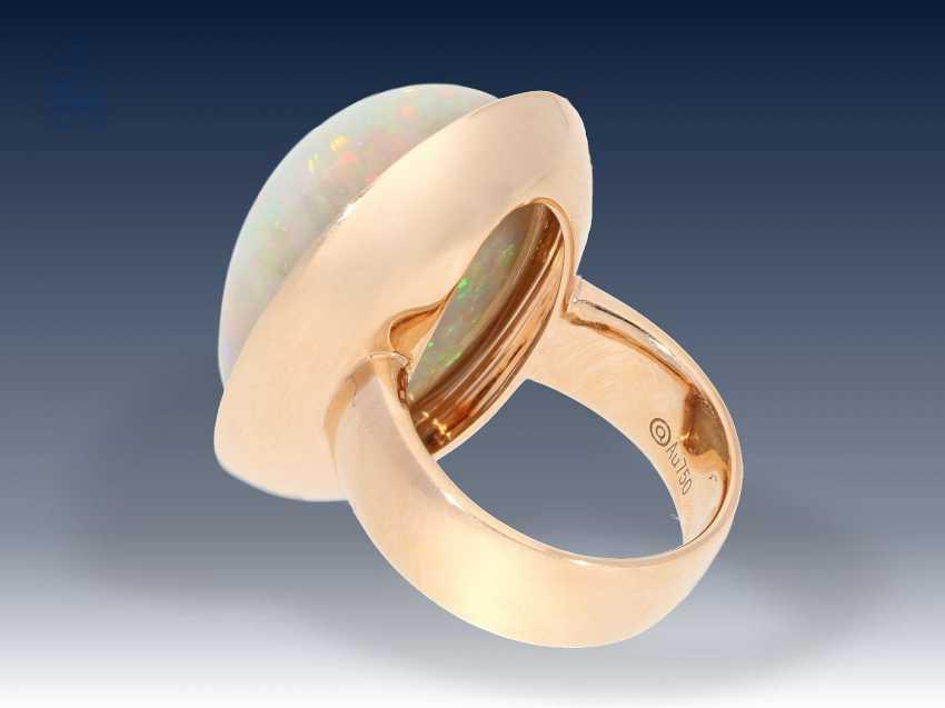 Ring: exquisiter, äußerst hochwertiger Goldschmiedering mit außergewöhnlich großem Opal und Brillantbesatz, Neupreis lt. Einlieferer 9800€ - photo 2