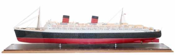 RMS Queen Elizabeth. - photo 1