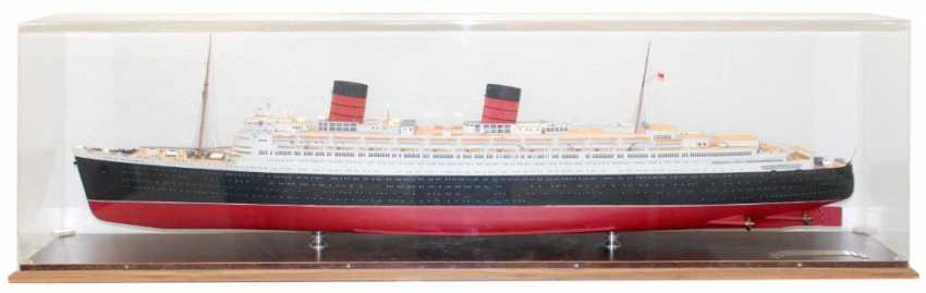 RMS Queen Elizabeth. - photo 3