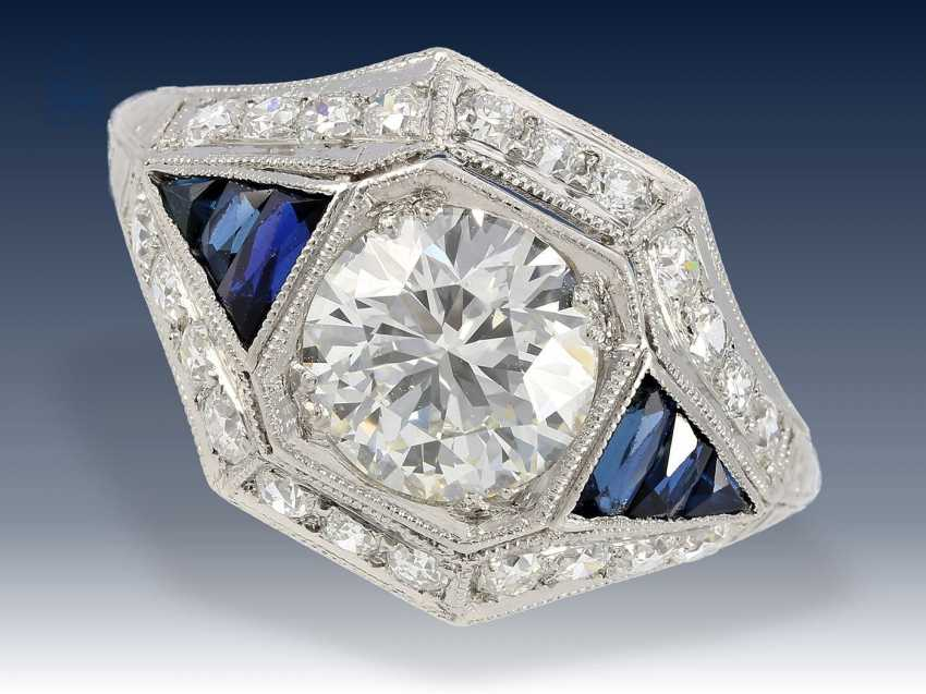 Ring: sehr wertvoller antiker Diamantring, vermutlich aus der Zeit des Art déco - photo 1
