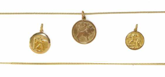 Gold jewelry and dental gold. - photo 2