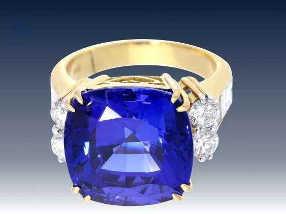 Ring: Tansanit/Brillantring der Spitzenklasse, geschätzter NP ca. 25.000€ - photo 2