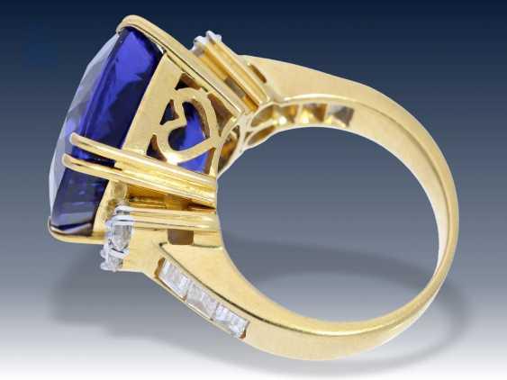 Ring: Tansanit/Brillantring der Spitzenklasse, geschätzter NP ca. 25.000€ - photo 3