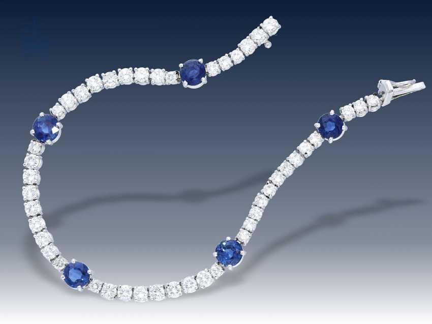 Armband: äußerst hochwertiges und dekoratives Saphir/Brillant-Goldschmiedearmband, Anfertigung nach Kundenwunsch, Taxat über 25.000,-DM - photo 1
