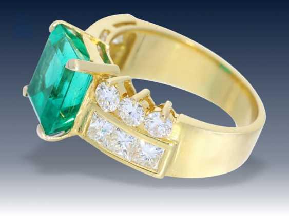 Ring: exklusiver Smaragd/Diamantring, vermutlich Columbien - photo 2