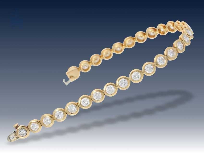 Armband: exquisites, handgefertigtes Tennisarmband mit feinen Brillanten, 6,98ct,Top Wesselton/VVS - photo 3