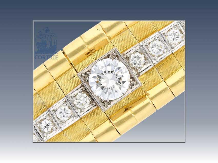Armband: schweres und sehr hochwertiges Brillant-Armband, 2,01ct in Spitzenqualität, Mittelstein 1,05ct - photo 2