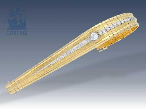Armband: schweres und sehr hochwertiges Brillant-Armband, 2,01ct in Spitzenqualität, Mittelstein 1,05ct - photo 3