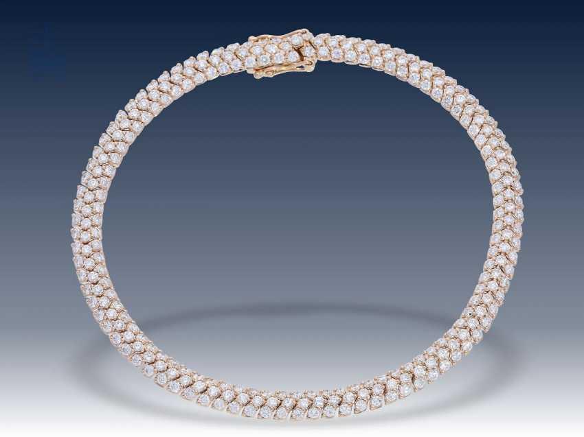 Armband: modernes und sehr elegantes Brillant-Schlangenarmband aus 18K Rotgold, 4,53ct, luxuriöser Markenschmuck Frank Trautz Pforzheim, NP. 16900,-€ - photo 2