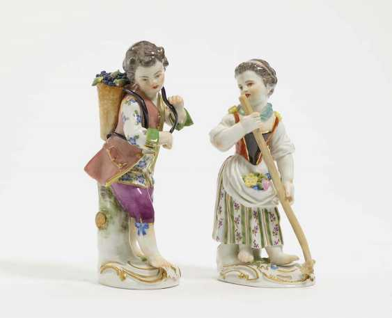 TWO gardener's children, Meissen, model by J. J. Kändler - photo 1