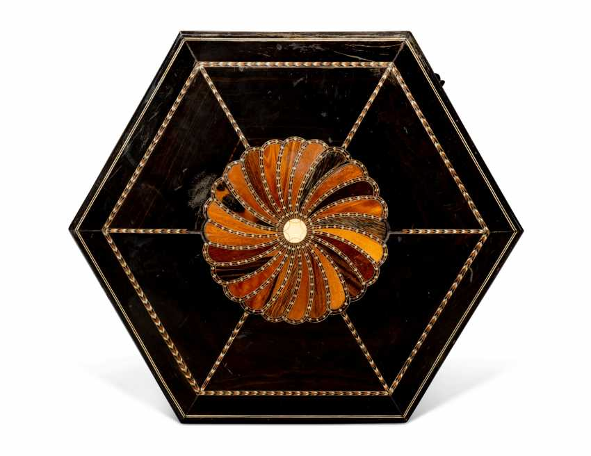 A PAIR OF CEYLONESE SPECIMEN-WOOD AND BONE-INLAID EBONY HEXAGONAL SIDE TABLES - photo 3