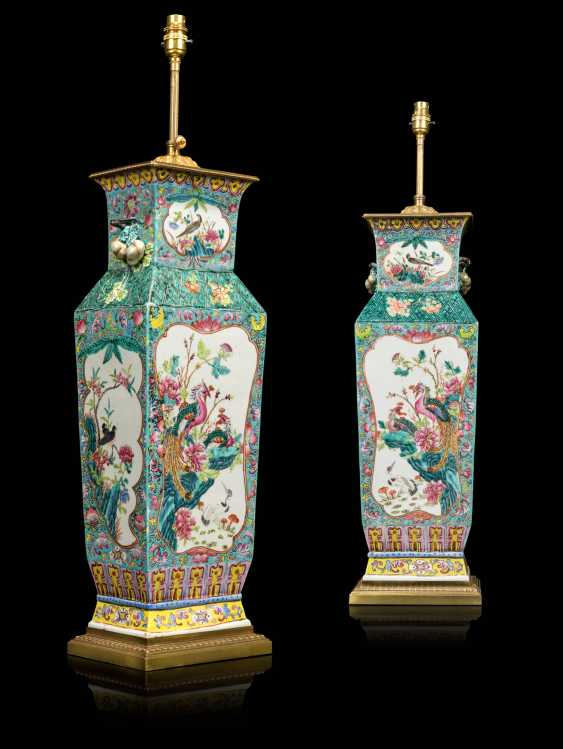 A PAIR OF CHINESE FAMILLE ROSE VASES, MOUNTED AS LAMPS - photo 6