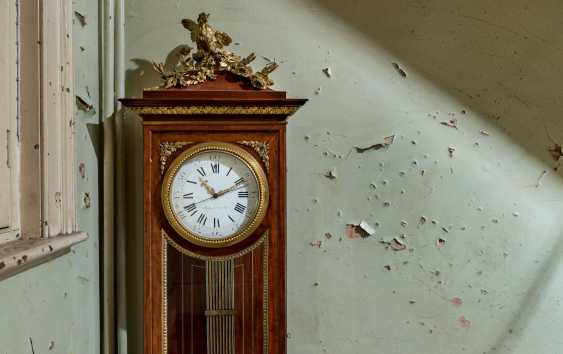 A LOUIS XVI ORMOLU-MOUNTED MAHOGANY LONGCASE CLOCK - photo 8