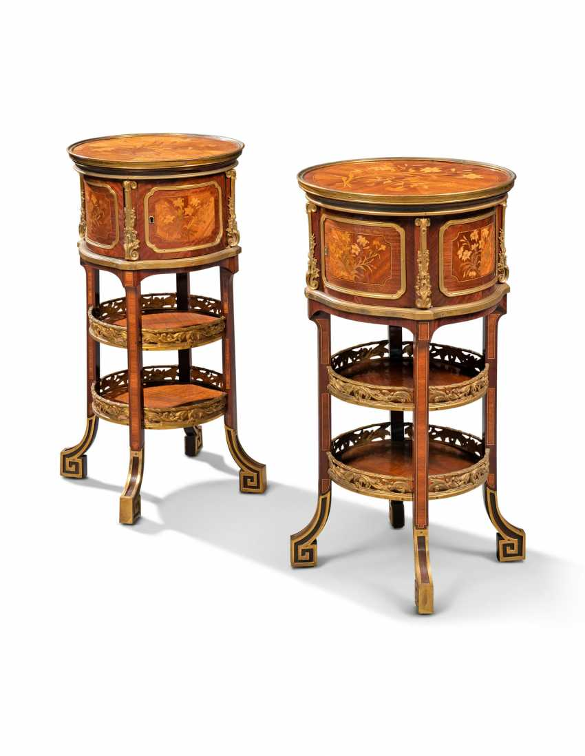 A NEAR PAIR OF FRENCH ORMOLU-MOUNTED KINGWOOD, BOIS SATINE AND SYCAMORE MARQUETRY BEDSIDE TABLES - photo 1