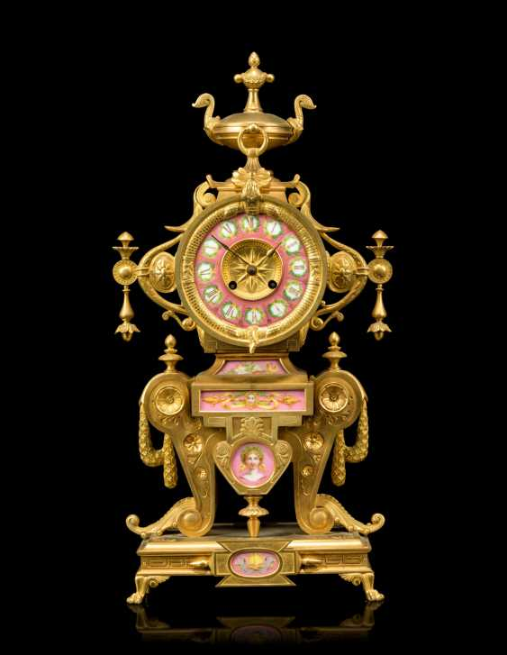 A NAPOLEON III 'NEO-GREC' ORMOLU AND PINK-GROUND PORCELAIN MANTEL CLOCK - photo 1