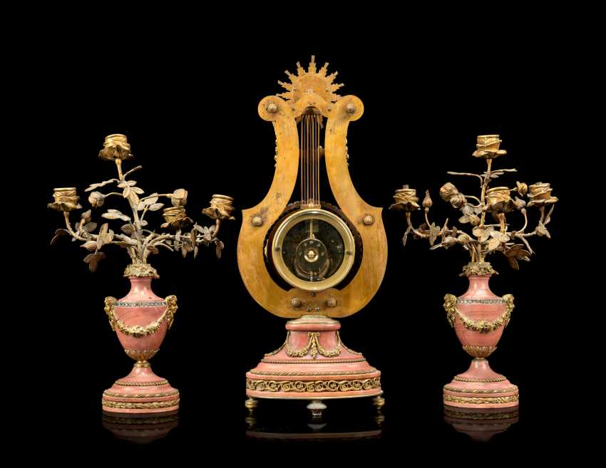 A FRENCH ORMOLU-MOUNTED AND 'JEWELED' PINK MARBLE THREE-PIECE CLOCK GARNITURE - photo 3