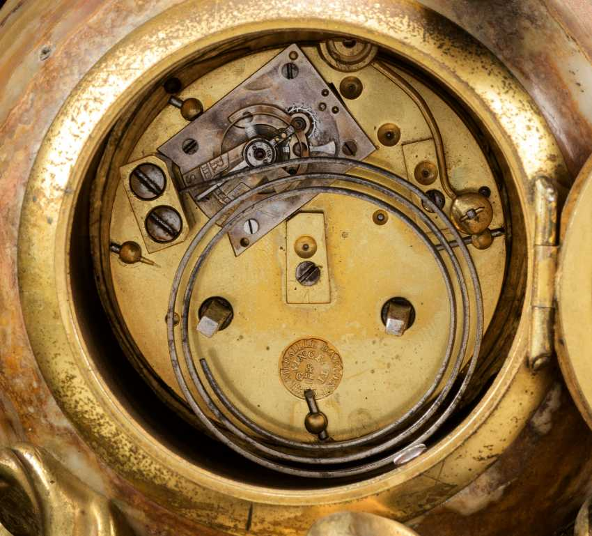 A FRENCH ORMOLU AND ONYX FIGURAL MANTEL CLOCK - photo 3