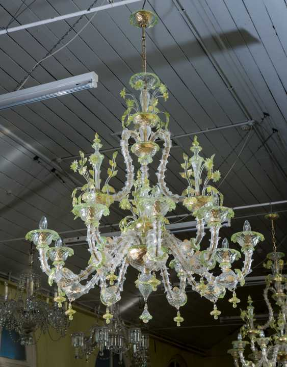 A PAIR OF ITALIAN FROSTED AND PALE-GREEN GLASS NINE-LIGHT CHANDELIERS - photo 2