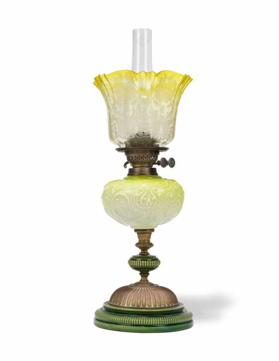 A GROUP OF EIGHT VICTORIAN CLEAR AND FROSTED GLASS OIL LAMPS - photo 9