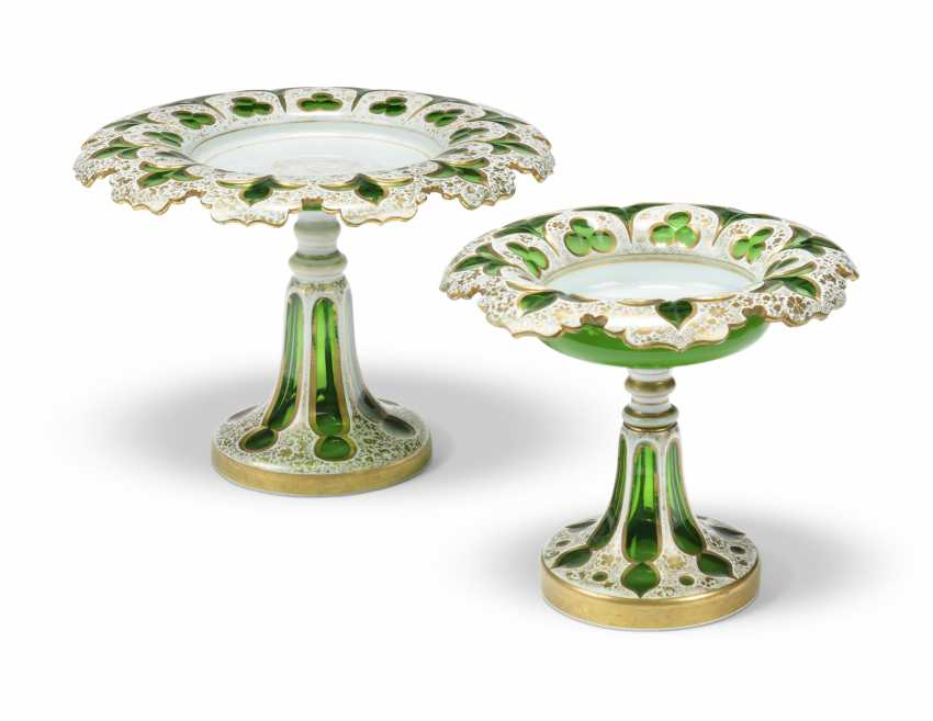 A BOHEMIAN WHITE-GLASS OVERLAY GREEN-GROUND DESSERT-SERVICE - photo 3