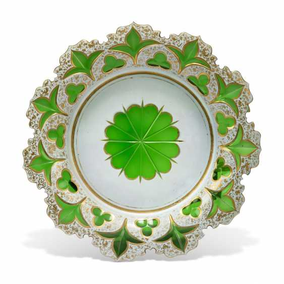 A BOHEMIAN WHITE-GLASS OVERLAY GREEN-GROUND DESSERT-SERVICE - photo 6