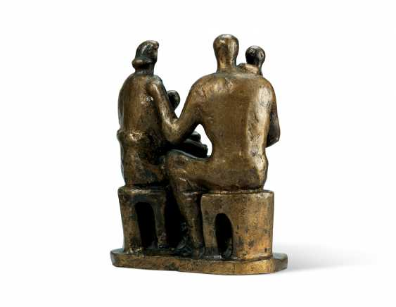 HENRY MOORE, O.M., C.H. (1898-1986) - photo 4