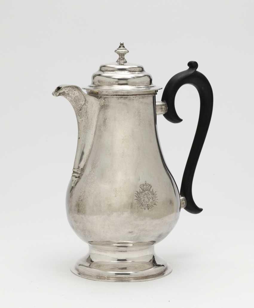 Big coffee pot. probably Modena, 2nd half of the 18th century, Pietro Paolo Tirelli or Vincenzo Parlaschi - photo 1
