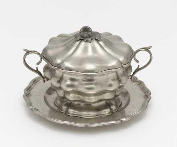 Plate and sugar bowl. Vienna, 1847, Franz Schiffer - photo 1