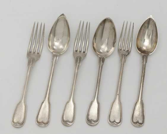 32 pieces of cutlery . France, 1838 to 1919, Master PO - photo 1