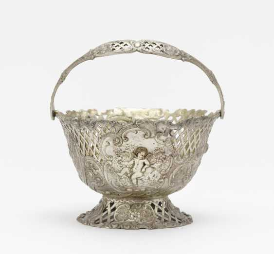 Small handle basket. Hanau, baroque style, Neresheimer company - photo 1
