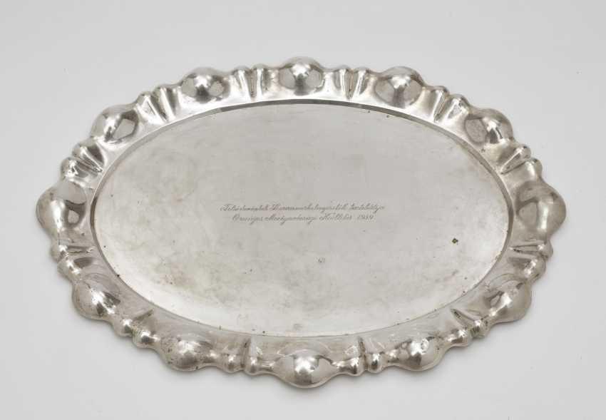 Oval plate. Hungary, around 1939 - photo 1