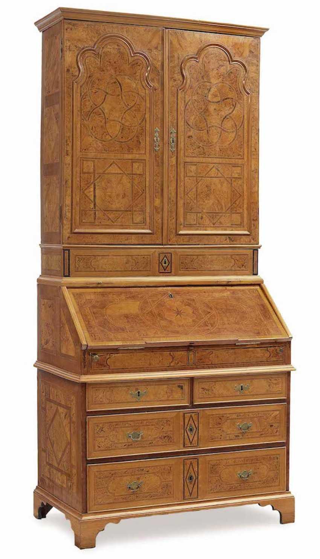 Top chest of drawers North write English, 1. Half of 18. Century - photo 1