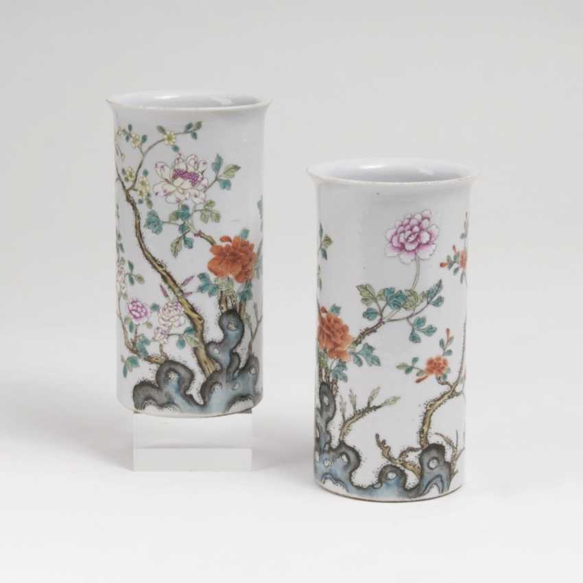 Pair of small Chinese rod vases - photo 1