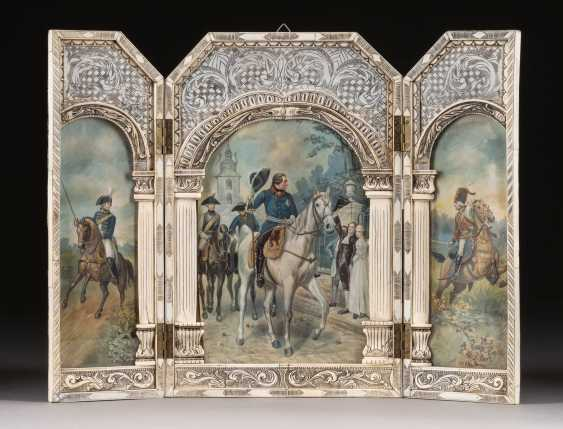 RARE TRIPTYCH WITH DEPICTION OF FREDERICK THE GREAT IN KREFELD AFTER EMIL HÜNTEN - photo 1