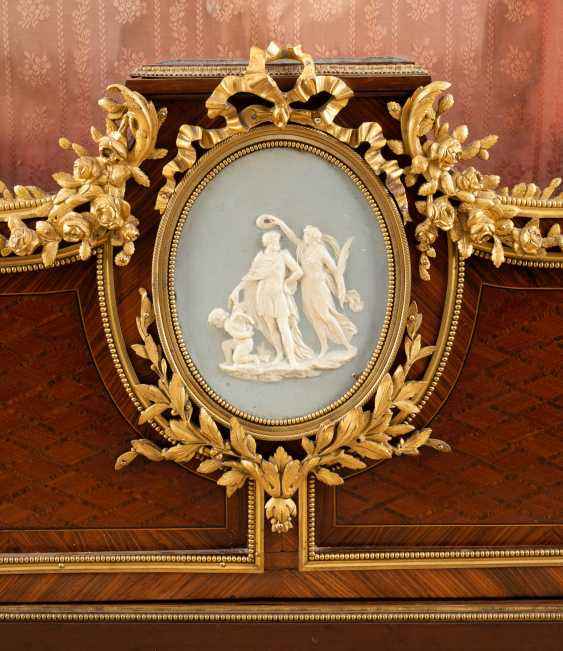 IMPORTANT NAPOLEON III DISPLAY CABINET - photo 3