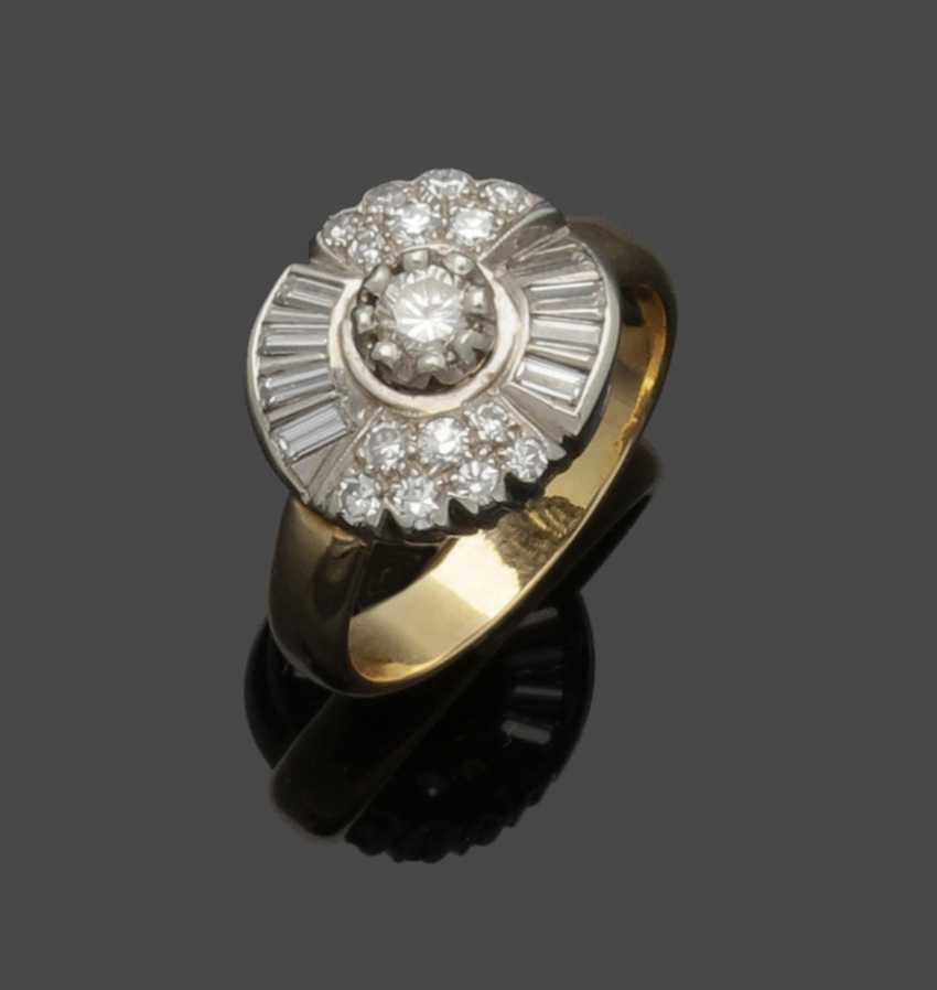 Cocktail ring with diamonds - photo 1