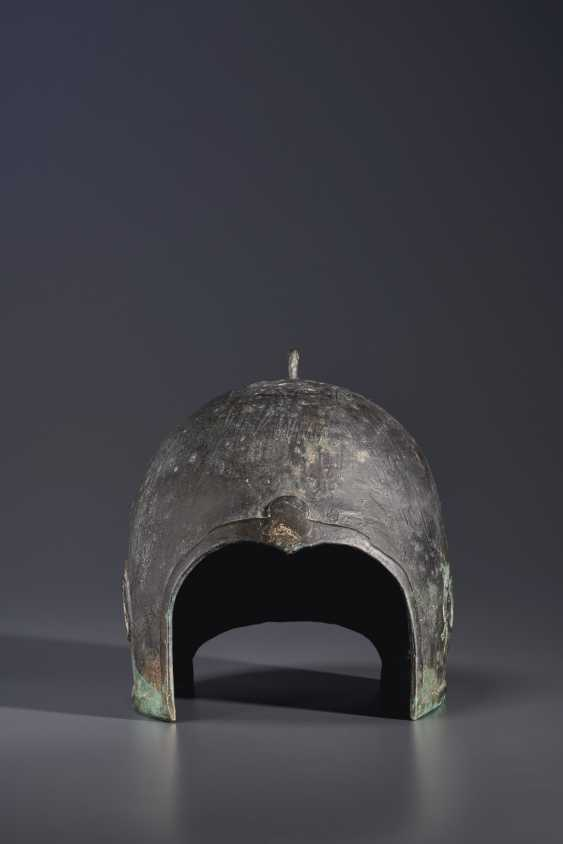 A BRONZE HELMET - photo 2