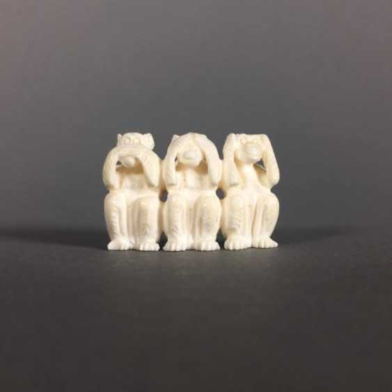 3 wise monkeys - photo 1