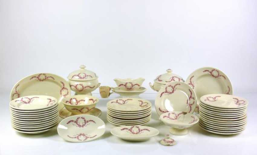 Doll dishes - photo 1