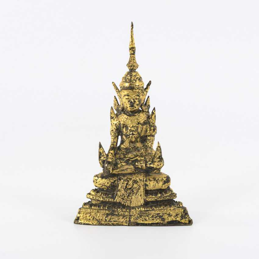 Buddha im Rattanakosin-Stil - photo 1