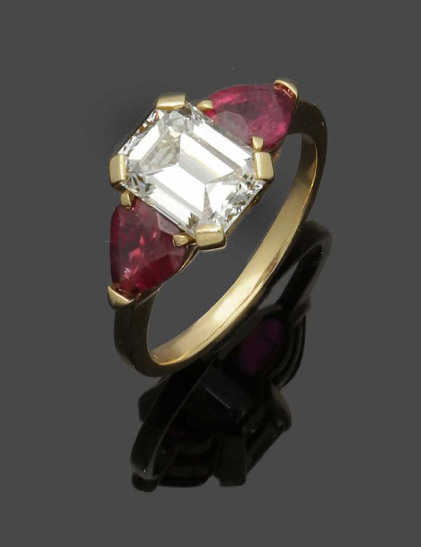 High-fine diamond-solitaire with ruby trim - photo 1
