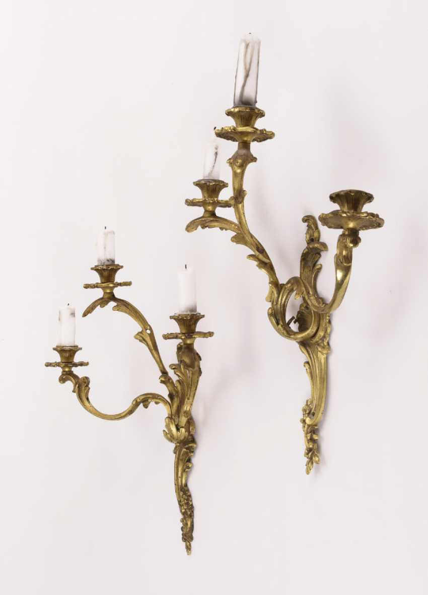 Pair of 3-lamp wall sconces in the Rococo style - photo 2