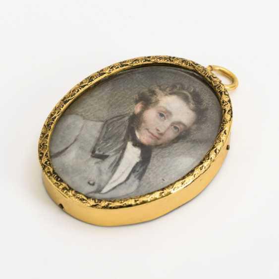 Miniature: Portrait of a gentleman - photo 2