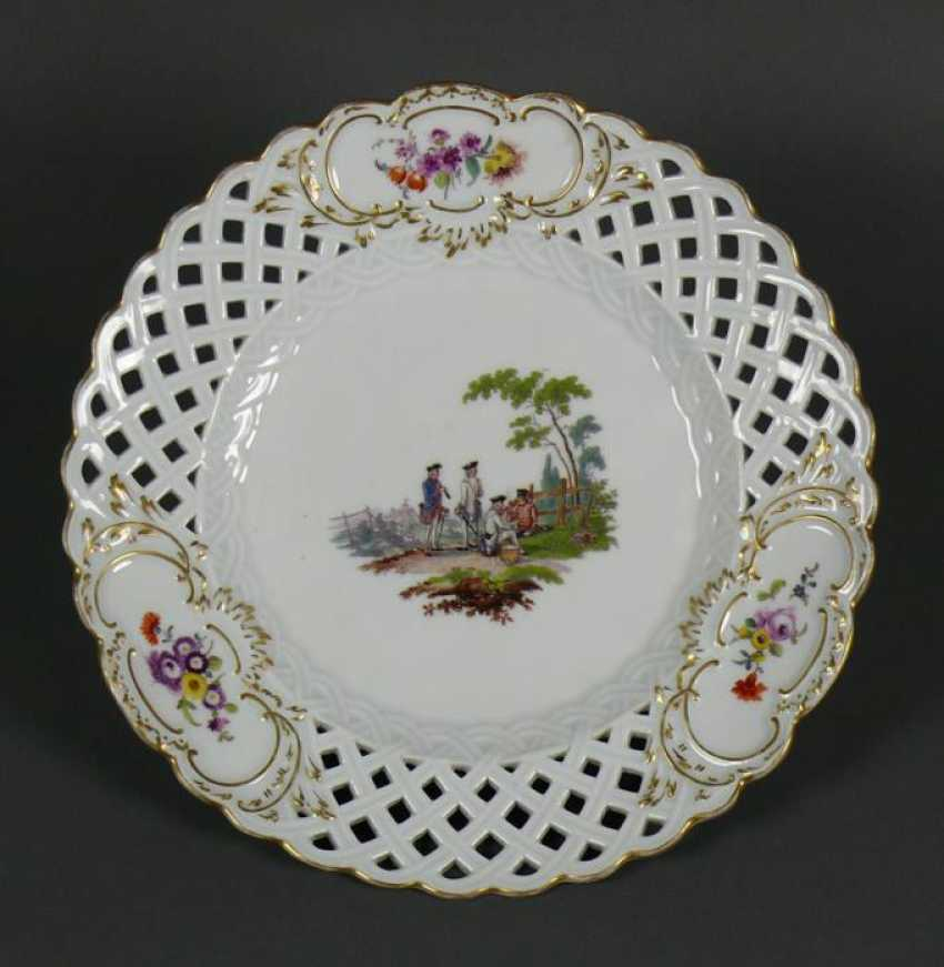 Plate - photo 1