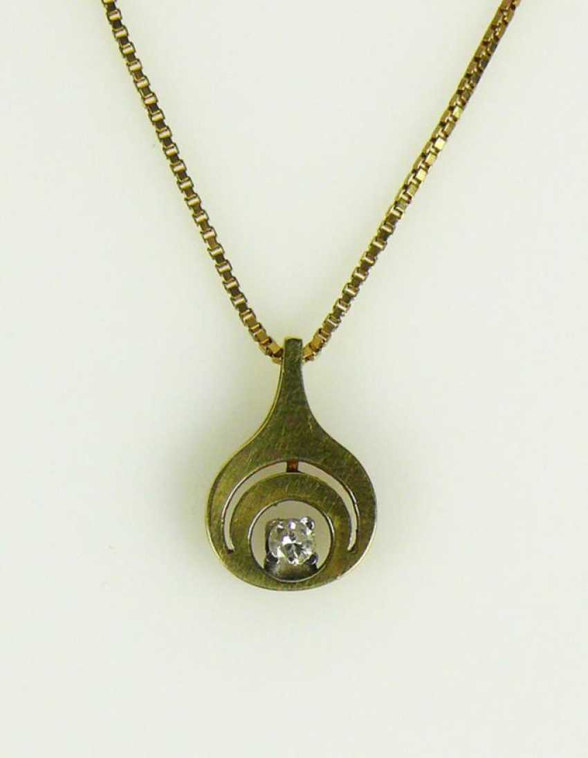 Pendant with necklace - photo 1