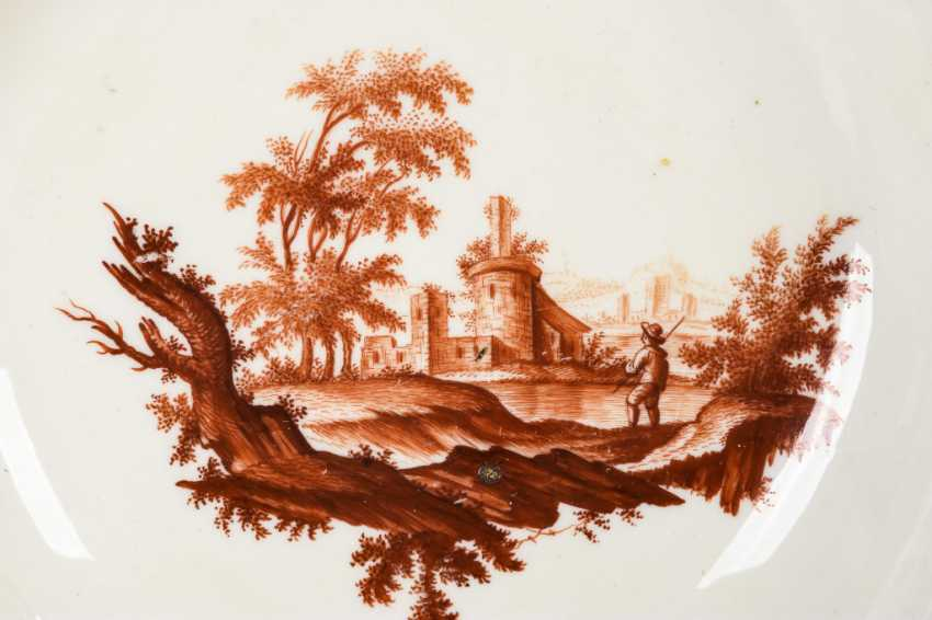 Cup with landscape painting - photo 2