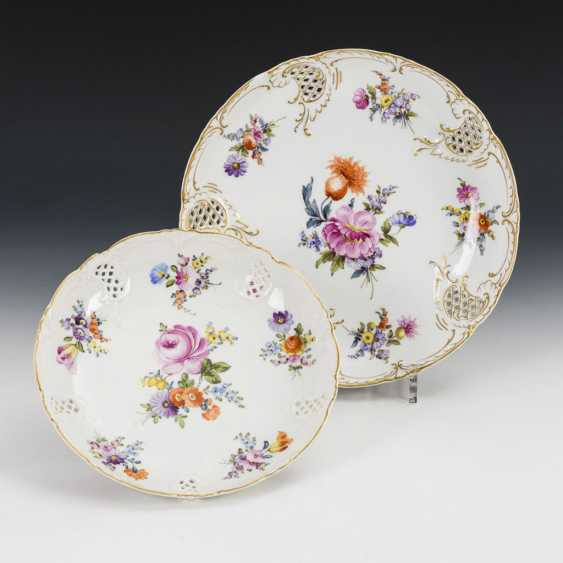 2 bowls with breakthrough rim and flower painting - photo 1