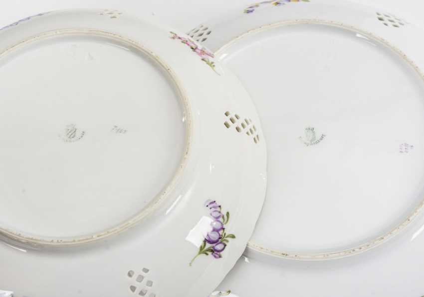 2 bowls with breakthrough rim and flower painting - photo 3