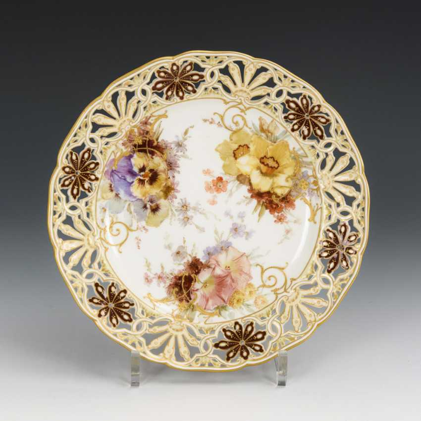 Dessert plate with soft painting - photo 1