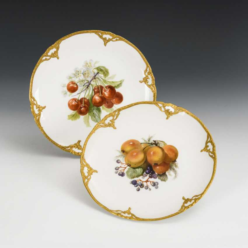 Pair of plates with fruit painting - photo 1